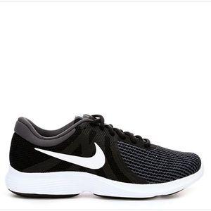 Nike 👟 Women's Shoes -  Size 8W